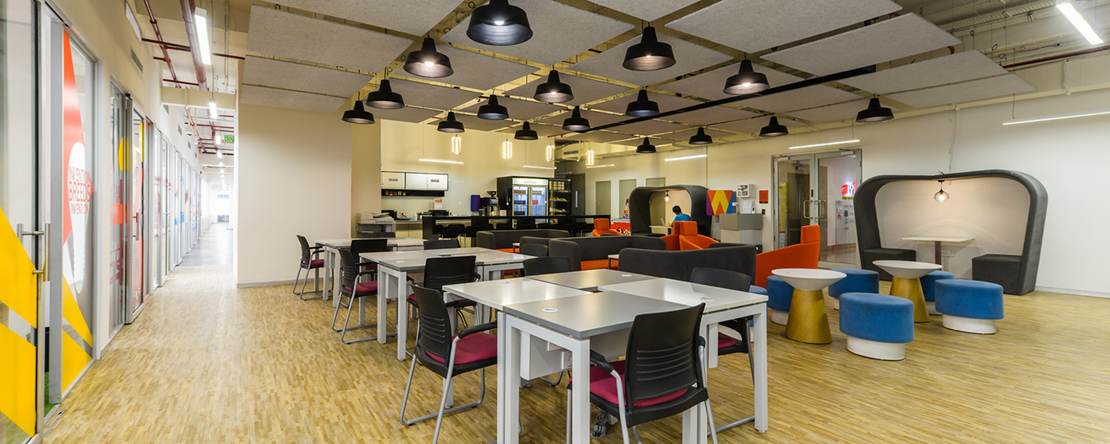 Pro-working @ Camp - Nucleus Mall - 1 Church Road - Camp - Pune (private, co-working)
