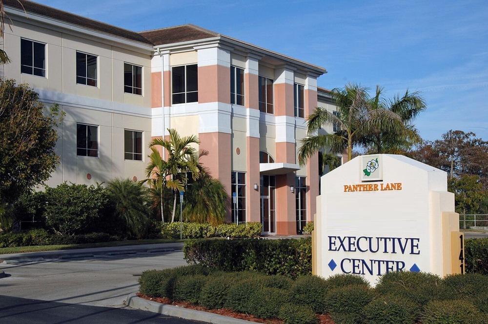 Premier Executive Center - Panther Lane - Naples - FL