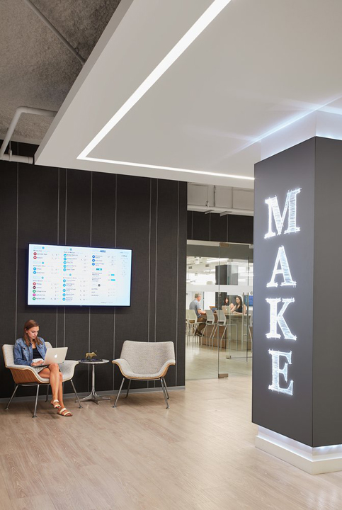 Make Offices - Loop - 1 North State Street - Chicago - IL