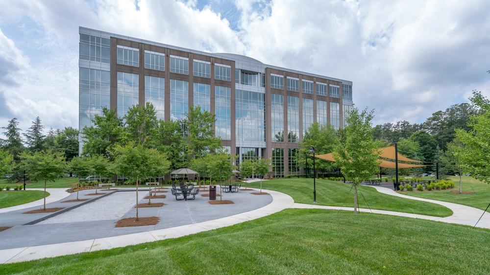 Peachtree Offices - Deerfield Corporate Center One - 13010 Morris Road - Alpharetta - GA