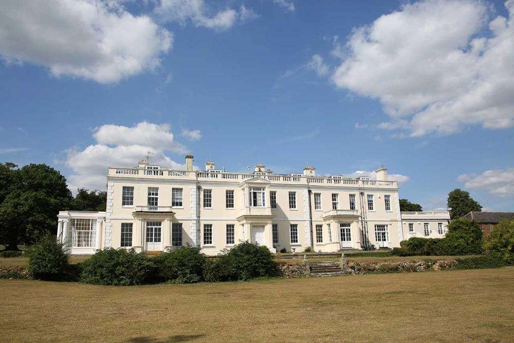 Barham Court - Barham Crt - Teston, ME18 - Maidstone