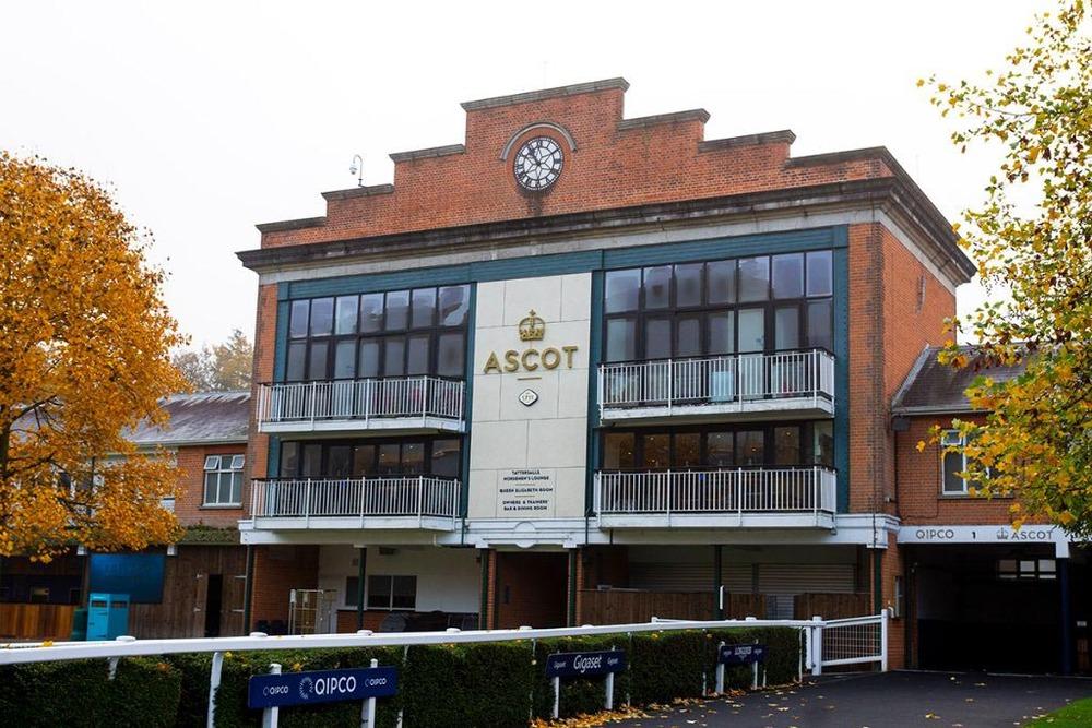 HUB XV - Ascot Racecourse - High Street, SL5 - Ascot (Hot Desking Only)