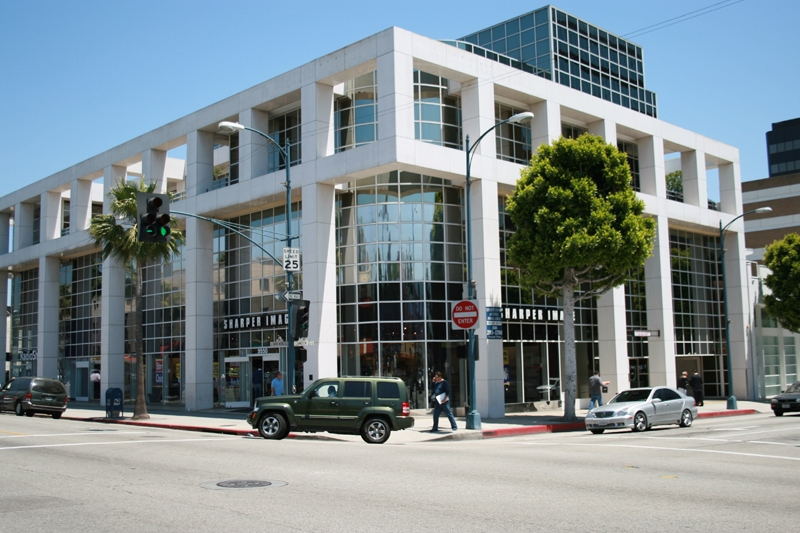 Global Business Centers - N Camden Dr - Beverly Hills - CA
