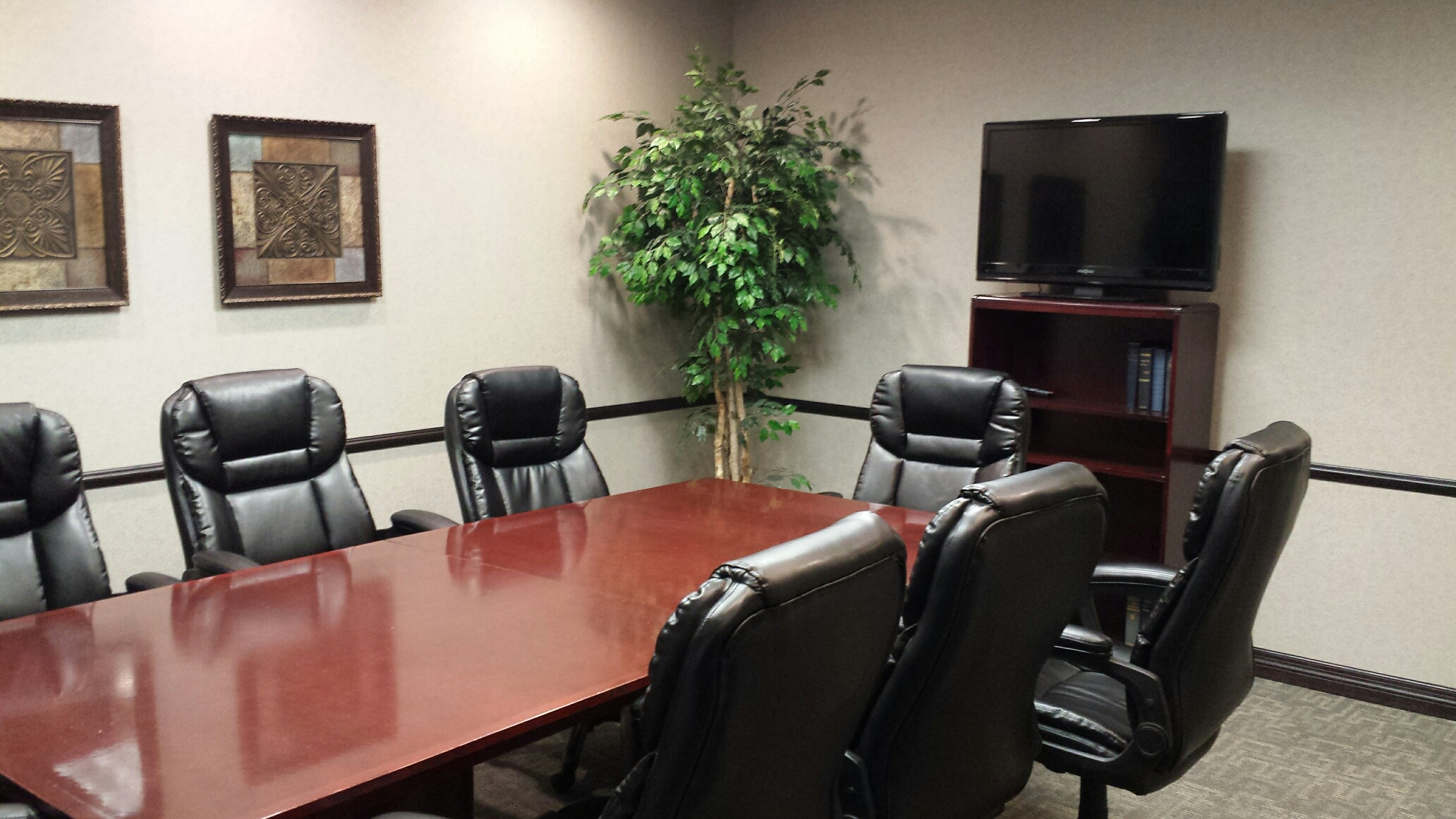 Office Space in Shamrock Plaza One Hundred Twenty and Pacific Suite
