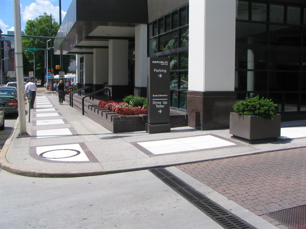 The Concierge Office Suites - Republic Centre - 633 Chestnut Street - Chattanooga - TN