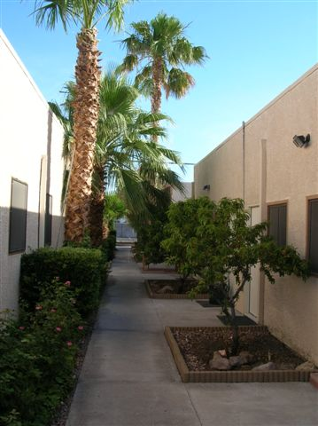 Office Space in Raymert Dr 3838 Raymert Drive 89121 1500 E. Sahara