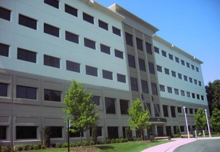 6135 Park South Dr - Charlotte, NC