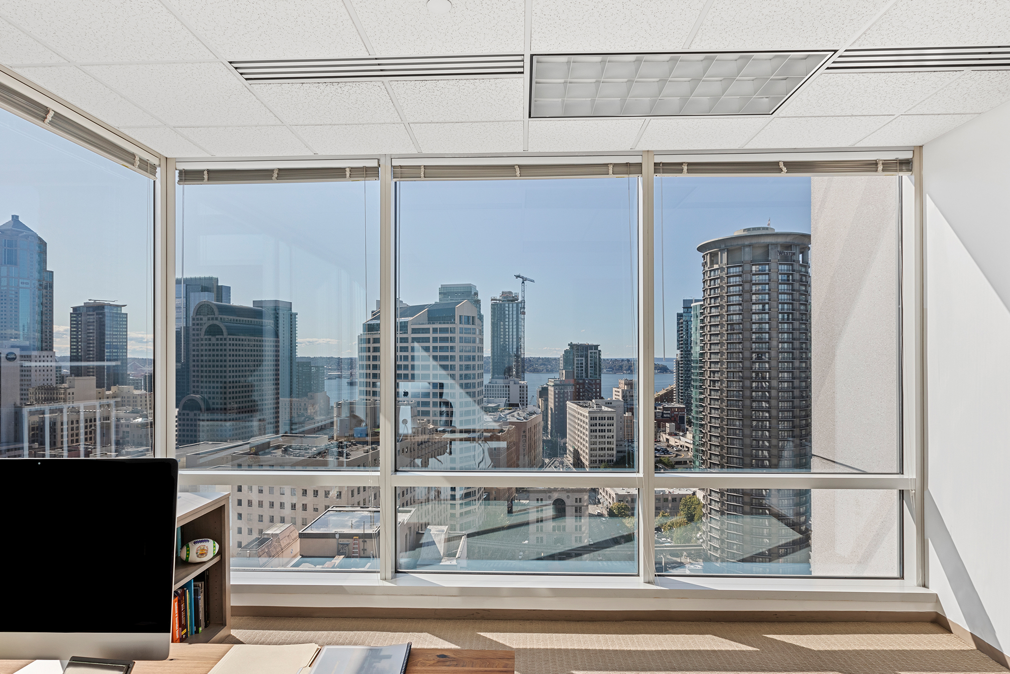 Office Space in SEATTLE DOWNTOWN 1700 Seventh Avenue Suite