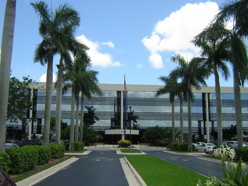 Xoffices - Trenton Building - 8300 Northwest 53rd Street, Miami - FL