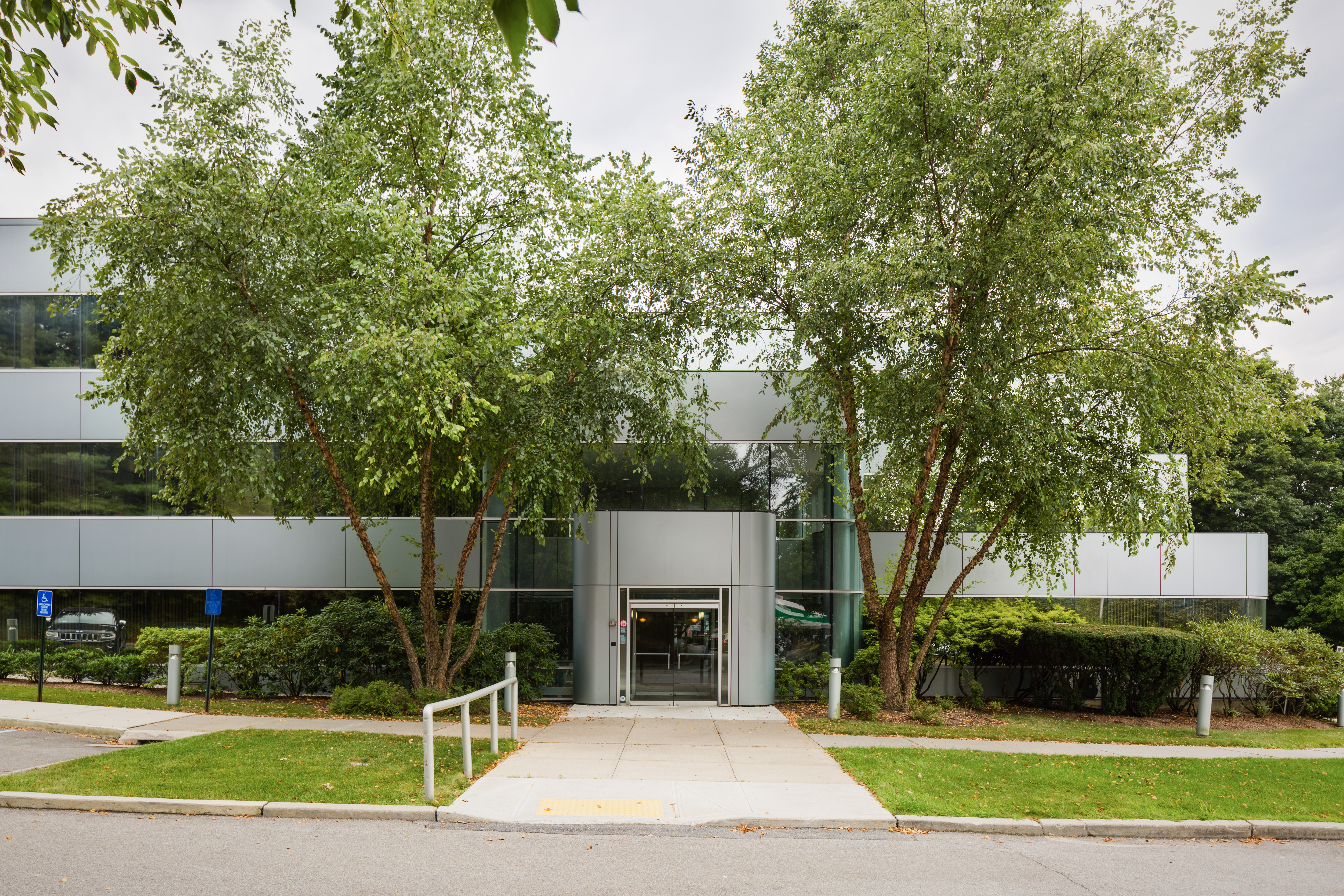 Stark Office Suites - 118 North Bedford Road - Mount Kisco, NY