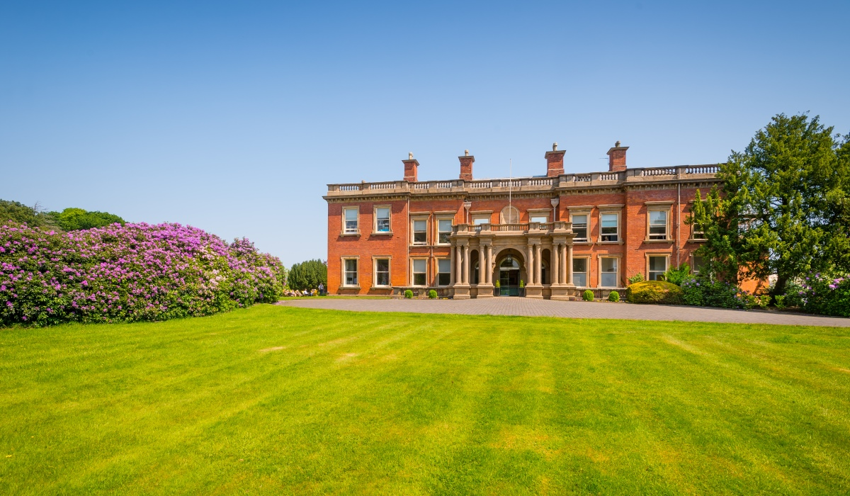 Bruntwood - Booth's Park - Chelford Road - Knutsford - WA16