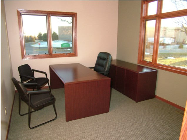 Office Space in Zealand Ave N
