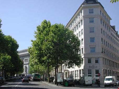 Paris Arc de Triomphe - Avenue Hoche - Paris