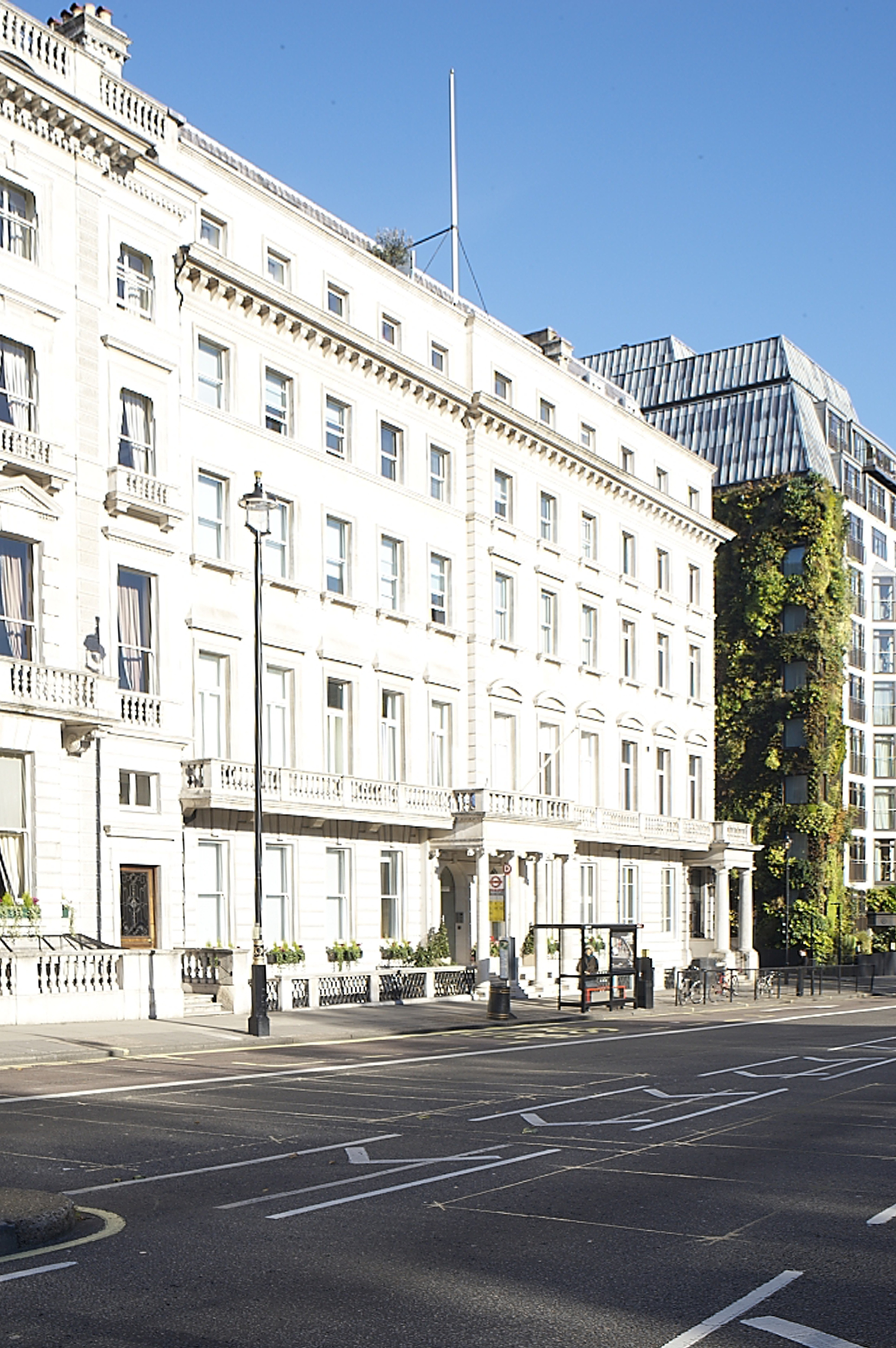 GMB Surveyors - 118 Piccadilly, W1 - Green Park