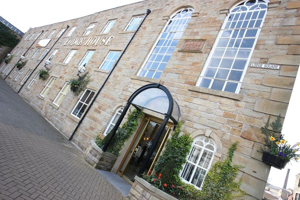 Biz-Hub Business Centres  (Anvic) - Lodge House - Cow Lane, BB11 - Burnley