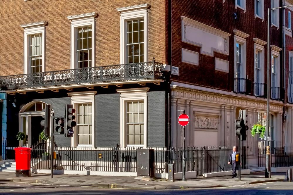 17 Cavendish Sq, W1 - Marylebone - London