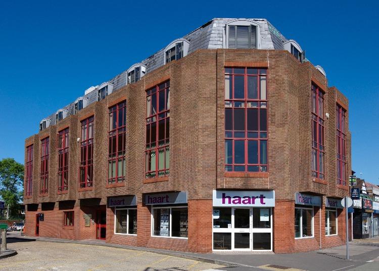 Uxbridge House - Uxbridge Road, UB4 - Hayes