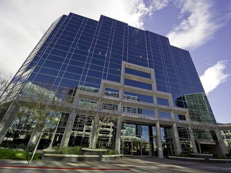 Esplanade IV - 2575 East Camelback Road - Phoenix - AZ