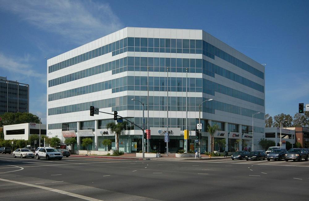 Premier Workspaces - PAN - Panorama City - CA - 14500 Roscoe Blvd