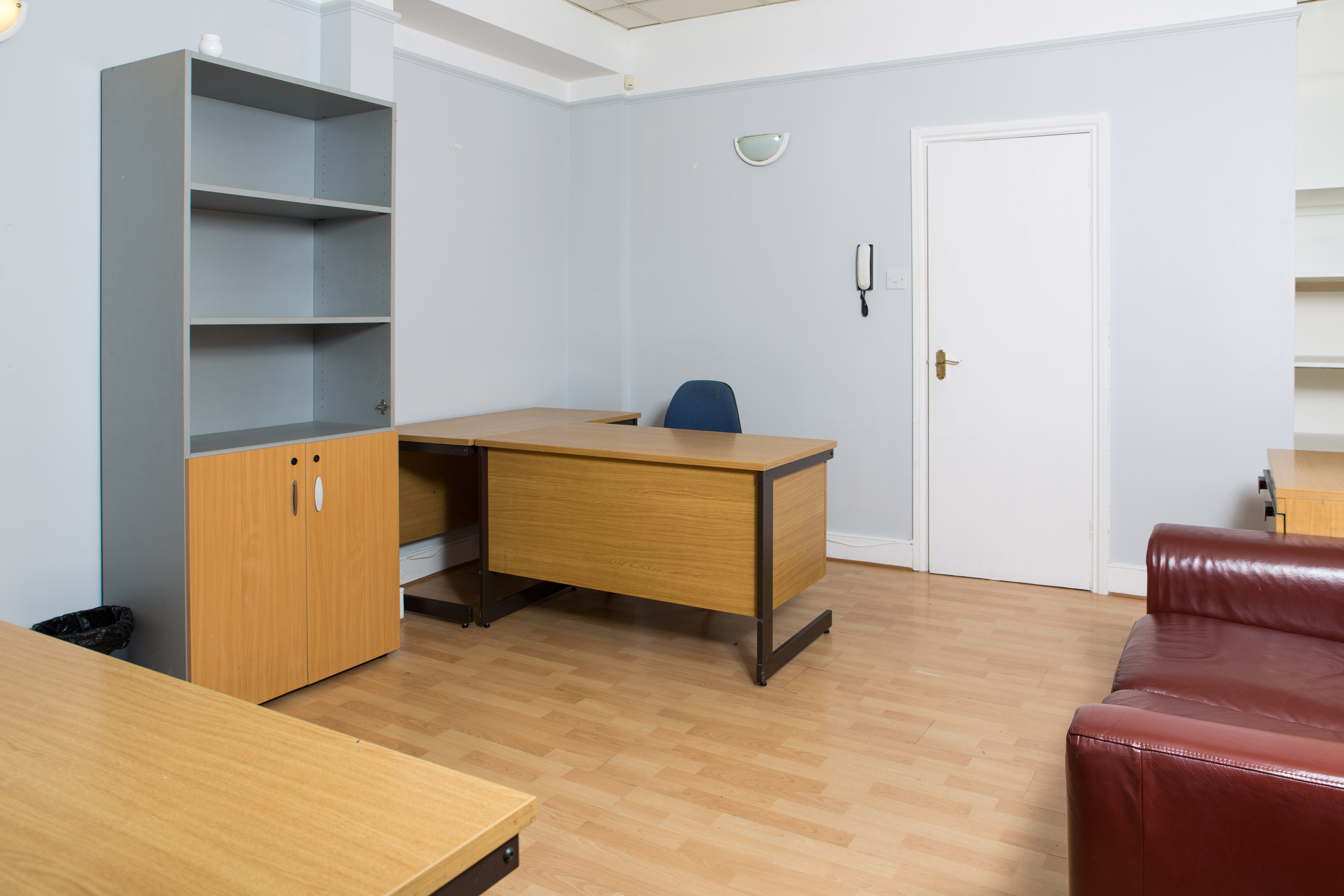 4-5 Accommodation Road, NW11 - Golders Green