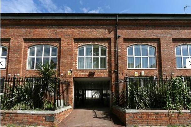 Gloucester Avenue - Primrose Hill, NW1 - Camden
